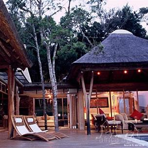 Trogon House and Forest Spa Garden Route 1